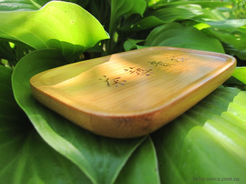 Бамбуковая подставка под чайную пару (фото 2)
