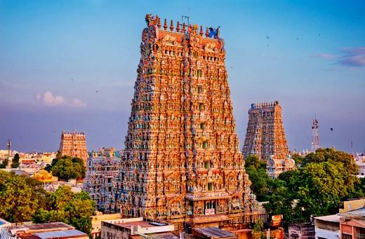 1-meenakshi-amman-temple-madurai-tamil-nadu-india-04